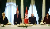 DEVLET NİŞANI - Cumhurbaşkanı Erdoğan'a Tunus'ta Devlet Nişanı Takdim Edildi