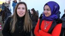 EDREMIT BELEDIYESI - Edremit Belediyesinden Öğrencilere Binicilik Eğitimi