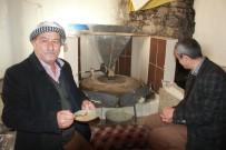 ERMENILER - Ermenilerden Kalma Değirmende Tahin Üretimi