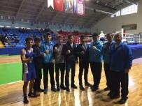 KAĞıTSPOR - Kağıtsporlu Boksörler Madalyaları Topladı