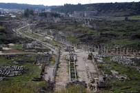 MUSTAFA DEMIREL - Antik Kent Perge'nin Yüzde 70'İ Halen Yer Altında Keşfedilmeyi Bekliyor