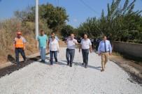 KALDIRIM ÇALIŞMASI - Başkan Özakcan; '900 Bin Metrekare Yol Yaptık'