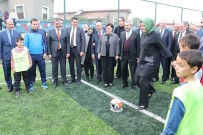 ADANA VALİSİ - Betül Sayan Kaya Çocuklarla Futbol Oynadı