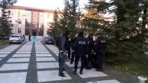 Elinde Pompalı Tüfekle Polisten Kaçan Kişi Yakalandı