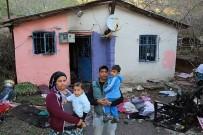 ATAŞEHİR BELEDİYESİ - Evleri Yanan Aileye Ataşehir Belediyesi'nden Yardım Eli