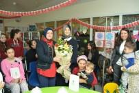 BALıKESIR ÜNIVERSITESI - Hastanedeki Okulda Yeni Yıl Öncesi Anlamlı Ziyaret