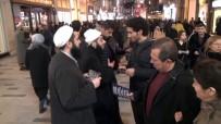NOEL - (Özel)'Tebliğciler' Yılbaşı Öncesi Taksim'de Noel Kutlamalarına Karşı Broşür Dağıttı