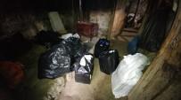 ARAÇ PLAKASI - Polisten Kaçarak Duvara Çarptığı Aracından Kaçak Sigara Çıktı