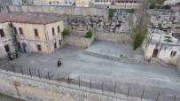 EVLİYA ÇELEBİ - Tarihi Sinop Cezaevi Restorasyonu Bekliyor