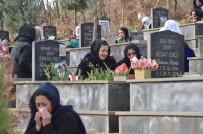 ANMA ETKİNLİĞİ - Uludere'de Savaş Uçaklarının Bombalaması Sonucu Ölen 34 Kişi Mezarları Başında Anıldı