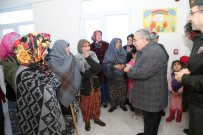 KÖMÜR YARDIMI - Vali Ahmet Hamdi Nayir Açıklaması Halka Hizmet Etmek İçin Varız, Devlet Bize Onun İçin Maaş Veriyor