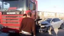 SEZAI KARAKOÇ - Adana'da Trafik Kazası Açıklaması 1 Yaralı