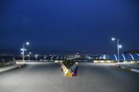 MUSTAFA TALHA GÖNÜLLÜ - Adıyaman Üniversitesi Merkez Külliyesi Yol Genişletme Çalışmalarında Sona Gelindi