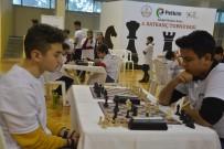 SATRANÇ TURNUVASI - Aliağa Satranç Turnuvası Sona Erdi