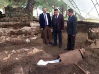 ARKEOLOJİK KAZI - Amfora Mezarlar Turizmcileri Heyecanlandırdı