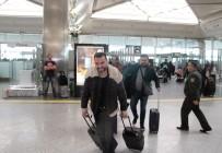 Serkan Kaya - Atatürk Havalimanında Yılbaşı Yoğunluğu