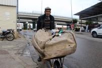 BEL FITIĞI - Çöp Arabası İle Günde 50 Kilometre Yürüyerek 3 Çocuk Okutuyor