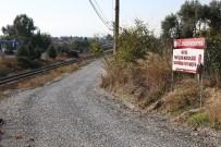 MESUT ÖZAKCAN - Efeler'de Ham Yollarda Satih Asfalt Kaplama Çalışması Yapıldı