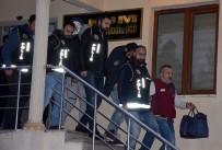 İNSAN TİCARETİ - Fuhuş Operasyonu Zanlıları Adliyeye Sevk Edildi