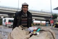 BEL FITIĞI - Günde 50 Kilometre Yürüyerek 3 Çocuk Okutuyor