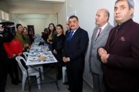 TEZAHÜR - Gürkan, Park Bahçeler Müdürlüğü Çalışanları İle Bir Araya Geldi