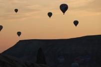Kapadokya'da Balon Uçuşları İptal Edildi