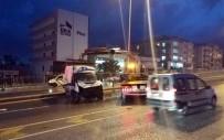 MİNİBÜS ŞOFÖRÜ - Kuşadası'nda Minibüs Takla Attı Açıklaması 3 Yaralı