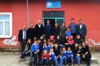 Lise Öğrencilerinden Köy Okuluna Ziyaret