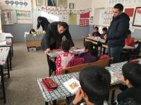 ABDURRAHMAN YILMAZ - Müdür Tünçmen Köy Okullarını Denetledi
