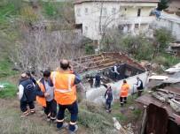 ATAŞEHİR BELEDİYESİ - Yangında Son Anda Kurtarılan Küçük Emir'in Ailesine Ataşehir Belediyesi'nden Yardım Eli