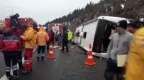 KARAYOLLARı GENEL MÜDÜRLÜĞÜ - Yolcu Otobüsü Şarampole Devrildi Açıklaması 2 Ölü, 21 Yaralı