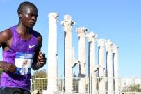 BURHANETTIN KOCAMAZ - 3. Uluslararası Mersin Maratonu Tamamlandı