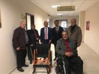 Burhaniye'de Engelli Ve Yaşlı Vatandaşlara Anlamlı Hediye