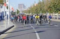 TÜRKIYE BISIKLET FEDERASYONU - Diyarbakır'da Yüzlerce Bisikletli Engelliler İçin Pedal Çevirdi