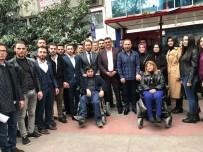 ENGELLİ VATANDAŞ - Engelli Vatandaşlar İçin Akülü Tekerlekli Sandalye Şarj İstasyonu Kurdular