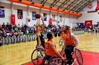 BEYLIKDÜZÜ BELEDIYESI - Galatasaray Ve Beylikdüzü Basketbol Takımı Farkındalık İçin Karşı Karşıya Geldi