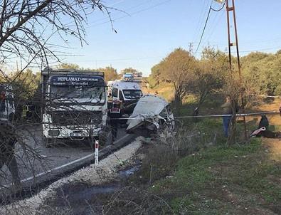 Hatay'da minibüs ile kamyon çarpıştı: 10 ölü, 8 yaralı