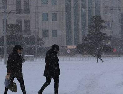 İstanbul'a çarşamba kar geliyor