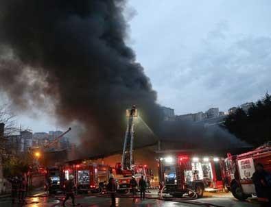 İstanbul'da beyaz eşya deposunda yangın