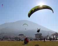 EROZYONLA MÜCADELE - Paraşütle Uçarak Tohum Saçtılar