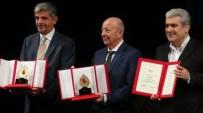 GELENBE - Prof. Gelenbe, İran Hazreti Mustafa Bilim Ödülünü Aldı