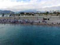 TOPLUM DESTEKLI POLISLIK - Şırnaklı Öğrenciler Antalya'ya Hayran Kaldı