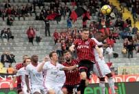 METE KALKAVAN - Süper Lig Açıklaması Gençlerbirliği Açıklaması 1 - Sivasspor Açıklaması 0 (İlk Yarı)