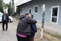 POLİS MERKEZİ - Suriyeli Omar Ailesine Kavuştu