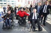 İSMAİL BAKİ - Tiyatro Ve Sinema Sanatçıları Tekerlekli Sandalye İle Gezdi