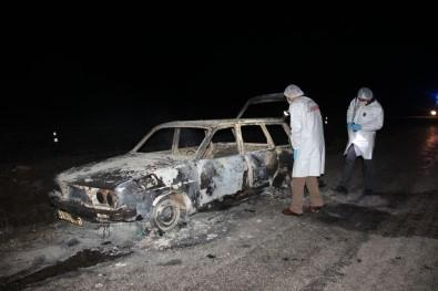 Yanmış otomobilde bulunan 2 cesedin kimliği belirlendi