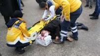 İBRAHIM ÇELIK - Duran Aracın Açılan Kapısına Çarpıp Yaralandı
