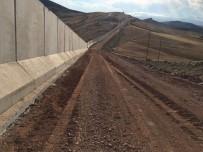 TOPLU KONUT - TOKİ İran Sınırındaki Duvarın Yarısını Tamamladı