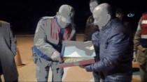 AMASYA VALİSİ - Vali Varol'dan Huzur Operasyonuna Tatlı Destek