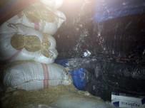 ŞEREFIYE - Van'da 800 Kilo Kaçak Çay Ele Geçirildi
